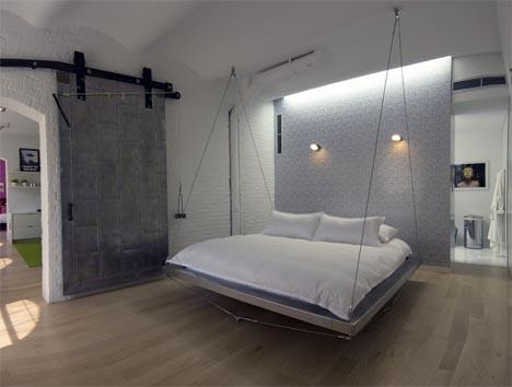Необычная комната своими руками