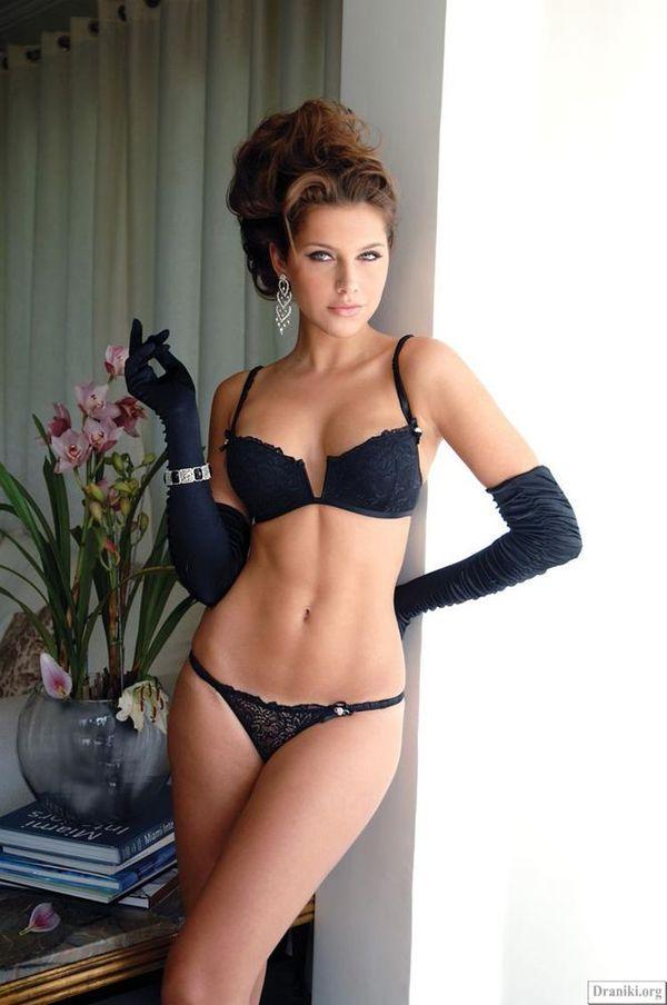 Фото девушек в еротическом нижнем белье 6 фотография