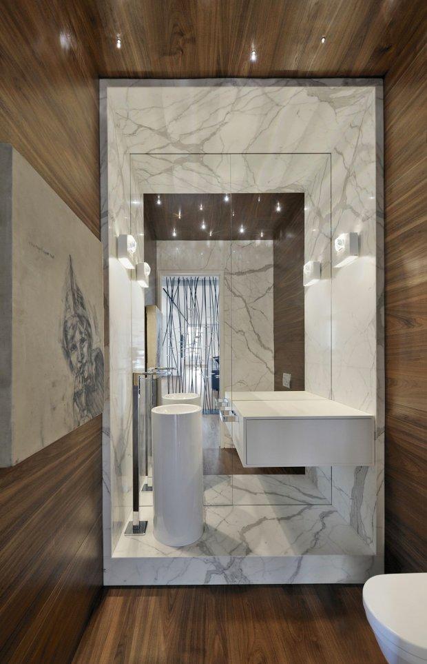 Стильный интерьер квартиры в центре Торонто, Канада