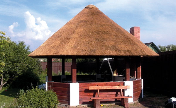 Бесетки с камышовыми крышами - Технология укладки