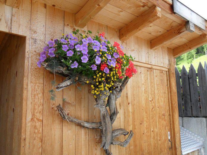 Поделки из коряг для сада