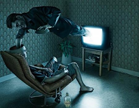 Почему не нужно смотреть телевизор? Много причин!