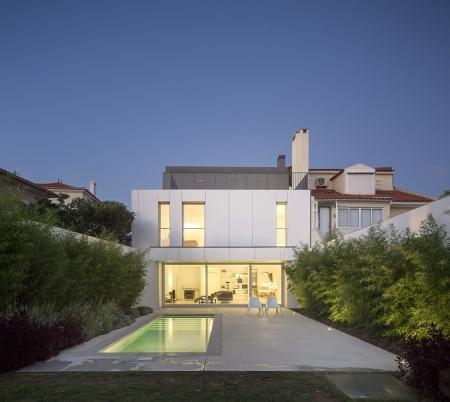 Интерьер загородного дома в Португалии от Humberto Conde