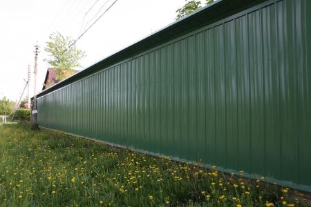 Выбираем забор для дачного участка. Типы и виды заборов.