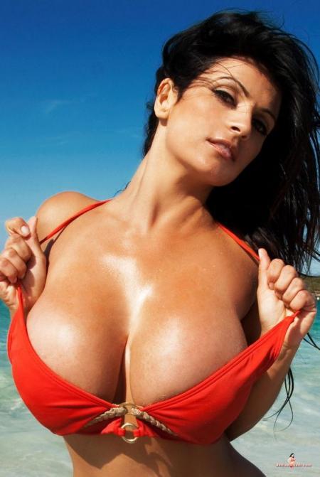 Real Big Tits - 38 фото 18+