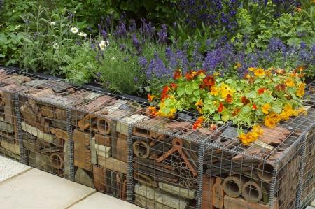 Габионы в саду - Конструкция и применение габионов в ландшафтном дизайне - 23 фото