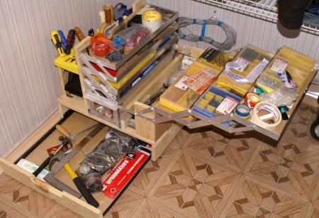 Выбираем ящик для хранения инструментов.