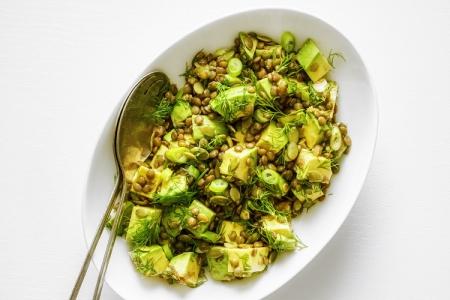 Салат с авокадо, чечевицей и лаймом (Рецепт)